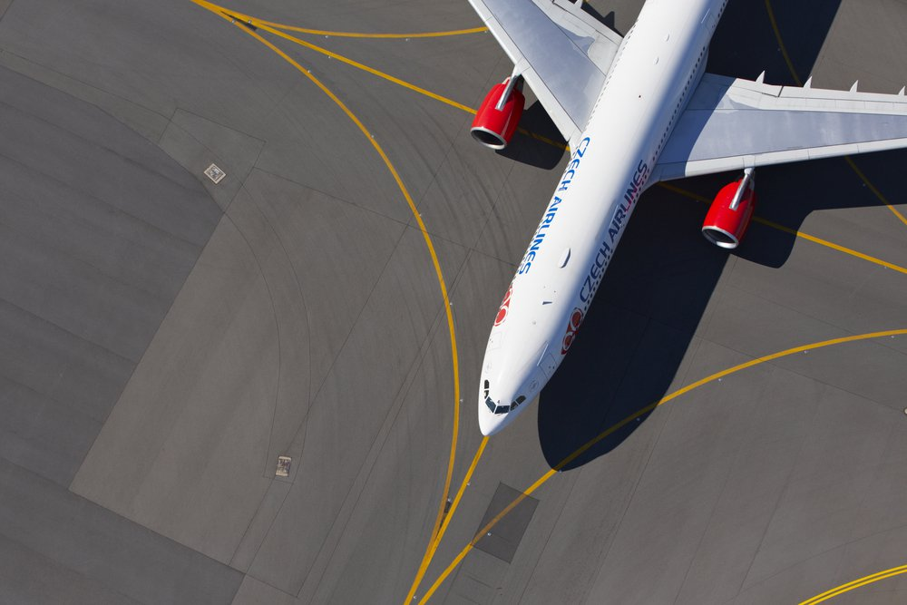 Kako lahko Blockchain tehnologija izboljša letalsko industrijo